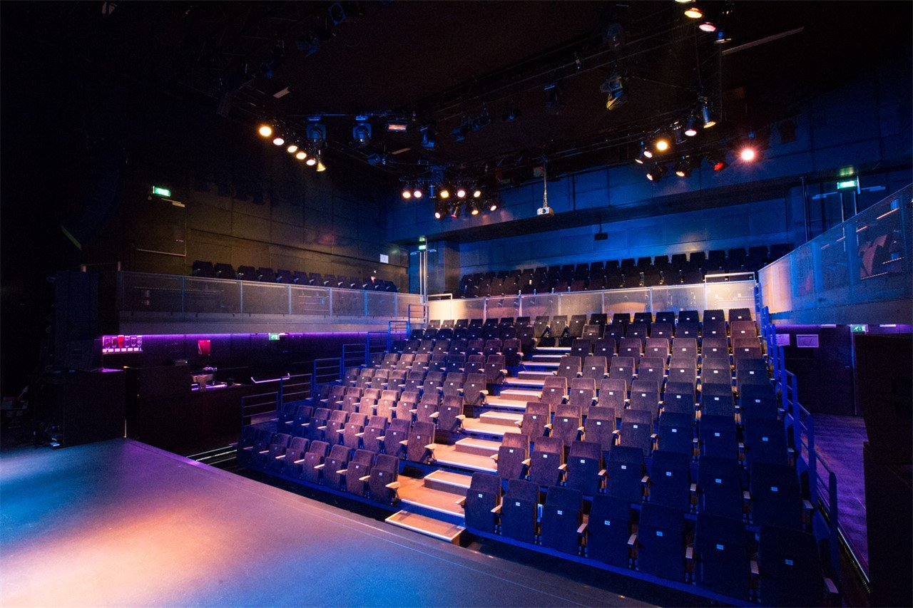 Podium De Vorstin - Concert zaal -  Theater setting