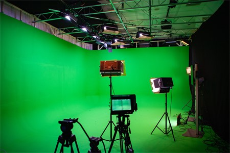 B.3 - The Digital Immersive Studio